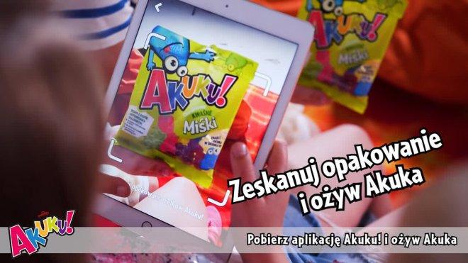 AKUKU augmented Reality AR MojoApps kids playing